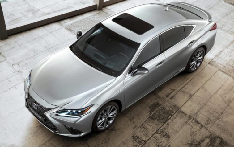 2022 Lexus ES ES300h Performance