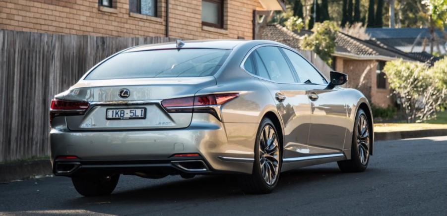 2022 Lexus LS 500 Performance