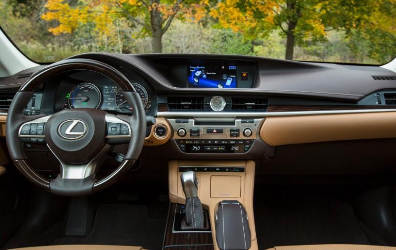 2022 Lexus ES 300h Hybrid Interior