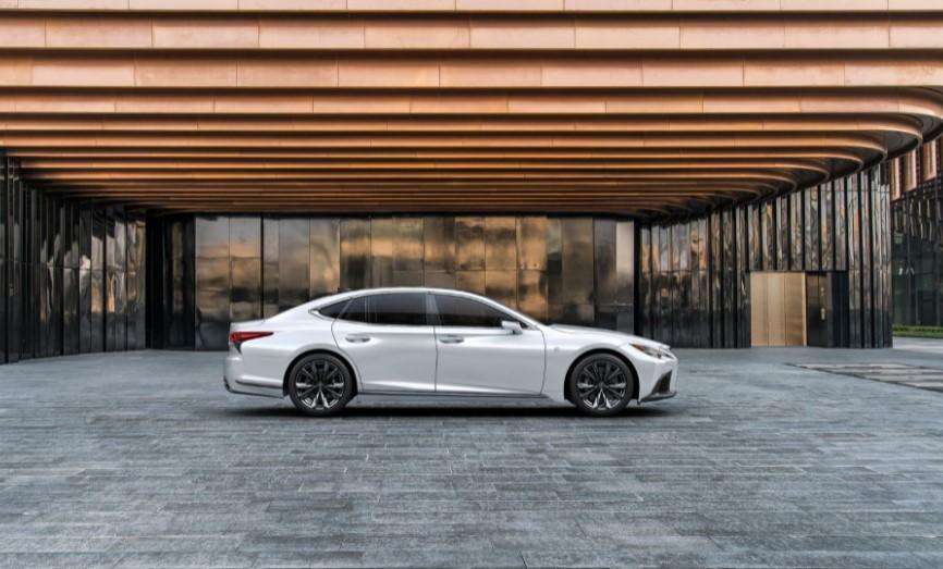 2022 Lexus LS 500 Redesign